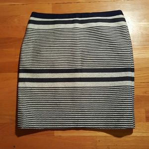 Like New J Crew Navy  White Stripe Pencil skirt 8T